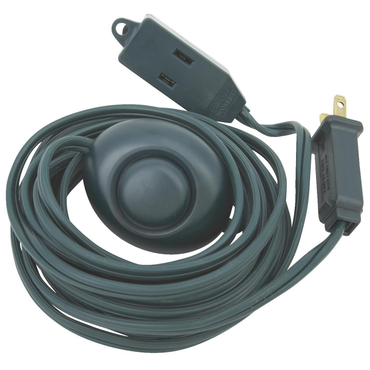 Do it 15 Ft. 18/2 Green Extension Cord with Foot Switch Image 3